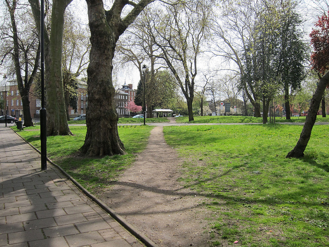 Desire path in Tottenham Green, England